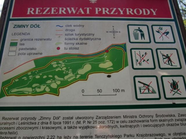 Tablica informacyjna z planem rezerwatu