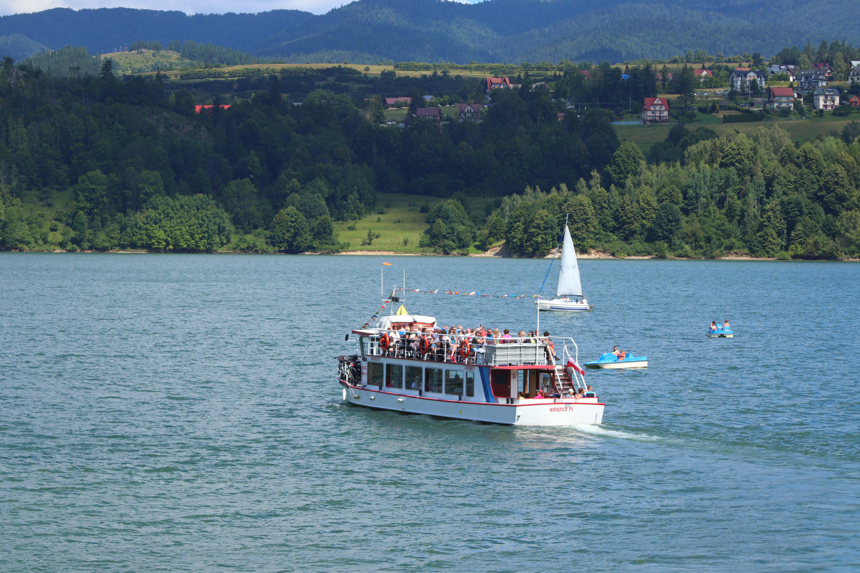 Prom na jeziorze Czorsztyńskim
